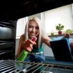 vårstädning och rengöra ugn